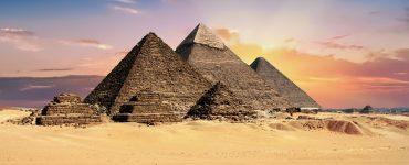 Quem construiu pirâmides do Egito?
